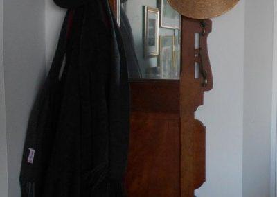 coat rack at entrance - CD